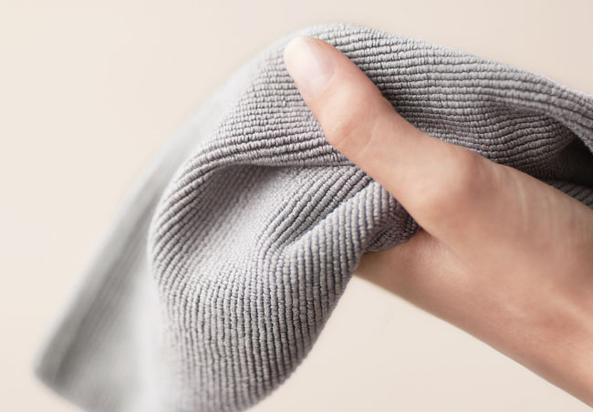 gray microfiber towel